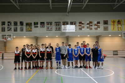 hs-boys-basketball_2266-d7d7c77c2b9cb8739b42514295c32a6f.JPG