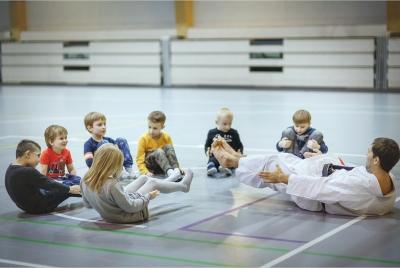 karate-3_4750-c8b9f1362c7a317cbc6f44288b675d8f.jpg